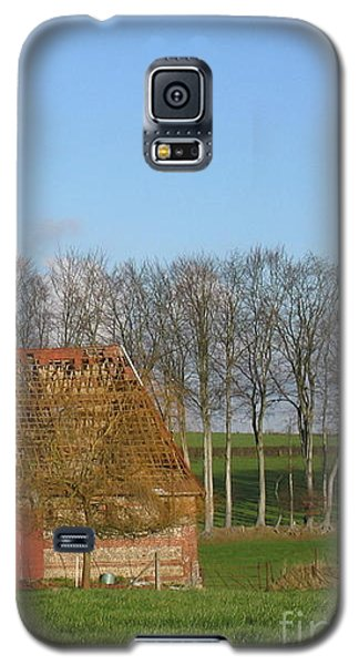 Normandy Storm Damaged Barn Galaxy S5 Case