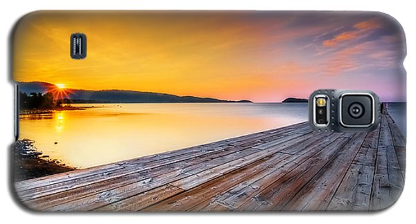 Galaxy S5 Case featuring the photograph North Shore Sunrise Grand Portage Mn by RC Pics