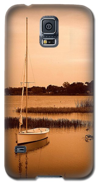 Galaxy S5 Case featuring the photograph Nostalgic Summer by Laurie Perry