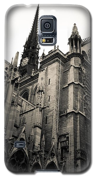 Notre Dame - For Eugene Atget Galaxy S5 Case by Ross Henton
