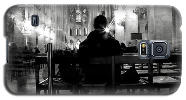 Galaxy S5 Case featuring the photograph Notre-dame Paris by Danica Radman