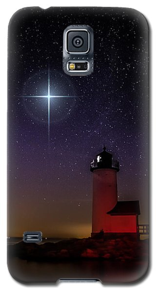 Galaxy S5 Case featuring the photograph Star Over Annisquam Lighthouse by Jeff Folger
