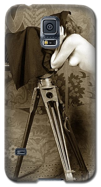 Nude In High Heel Shoes With Studio Camera Circa 1920 Galaxy S5 Case