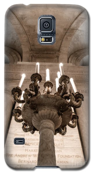 Galaxy S5 Case featuring the photograph Ny Public Library Candelabra by Angela DeFrias