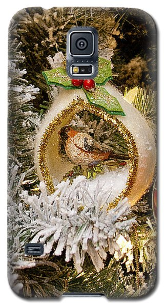 Galaxy S5 Case featuring the photograph O Christmas Tree by Victoria Harrington