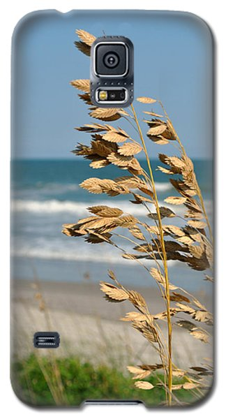 Galaxy S5 Case featuring the photograph Ocean Breeze by Kelly Nowak