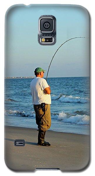 Galaxy S5 Case featuring the photograph Ocean Fishing by Cynthia Guinn