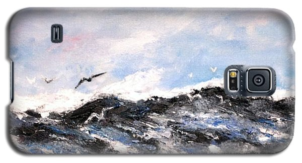 Galaxy S5 Case featuring the painting Ocean Gulls by Stan Tenney