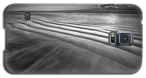 Ocean Waves Seascape Beach Sunrise Photograph In Black And White Galaxy S5 Case