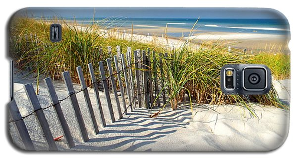 Galaxy S5 Case featuring the photograph October Beach by Dianne Cowen