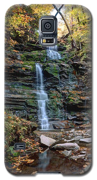 October Foliage Surrounds Ganoga Falls Galaxy S5 Case