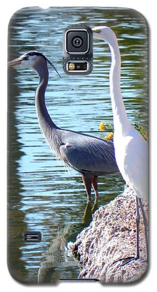 Galaxy S5 Case featuring the photograph Odd Couple by Deb Halloran