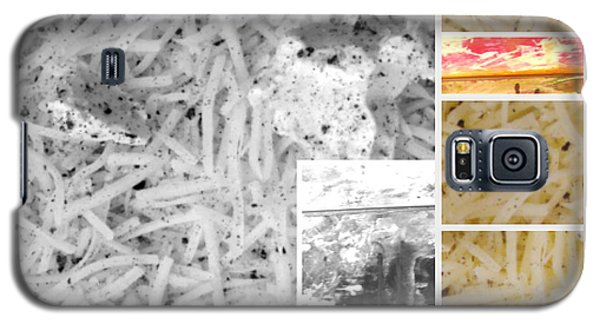 Galaxy S5 Case featuring the photograph Odio Si Sta Sciogliendo by Sir Josef - Social Critic - ART