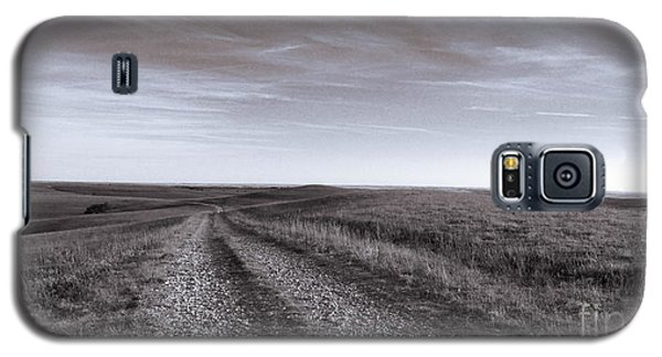 Galaxy S5 Case featuring the photograph Off The Beaten Path by Thomas Bomstad
