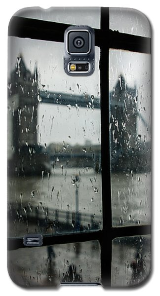 Galaxy S5 Case featuring the photograph Oh So London by Georgia Mizuleva