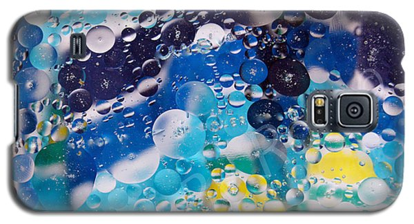 Galaxy S5 Case featuring the photograph Oil And Water by Roseann Errigo