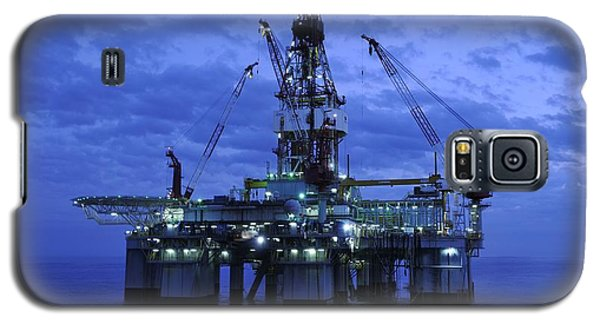 Oil Rig At Twilight Galaxy S5 Case