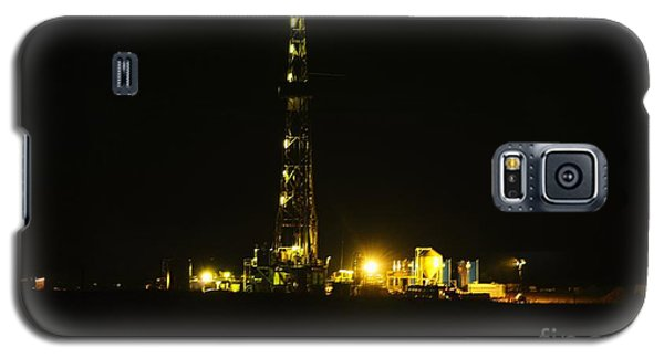 Killdeer Galaxy S5 Case - Oil Rig by Jeff Swan