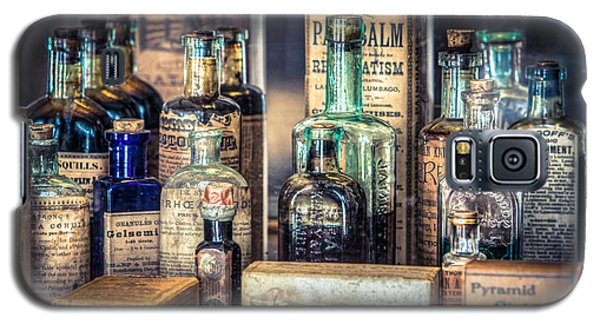 Ointments Tonics And Potions - A 19th Century Apothecary Galaxy S5 Case