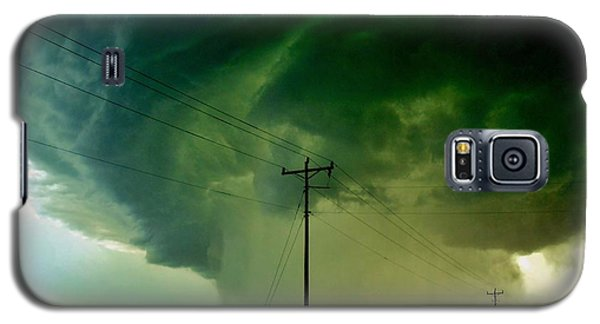 Galaxy S5 Case featuring the photograph Oklahoma Mesocyclone by Ed Sweeney