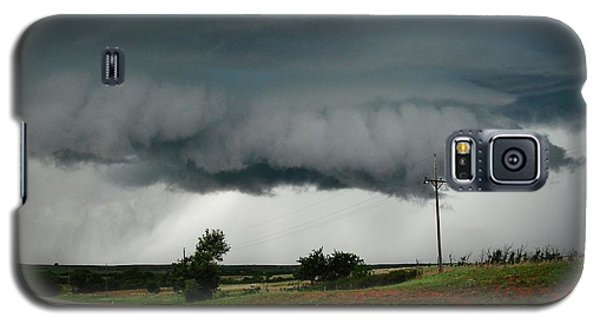 Galaxy S5 Case featuring the photograph Oklahoma Wall Cloud by Ed Sweeney