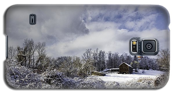 Ol' Man Barker's Farm Galaxy S5 Case by Betty Denise