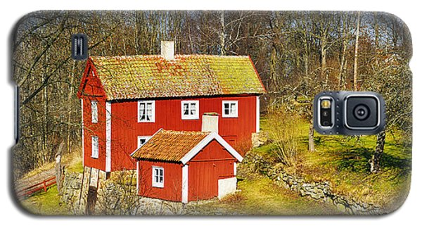 Galaxy S5 Case featuring the photograph Old 17th Century Cottage Set In Rural Nature Landscape by Christian Lagereek