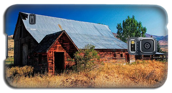 Old Barn And Shed Galaxy S5 Case