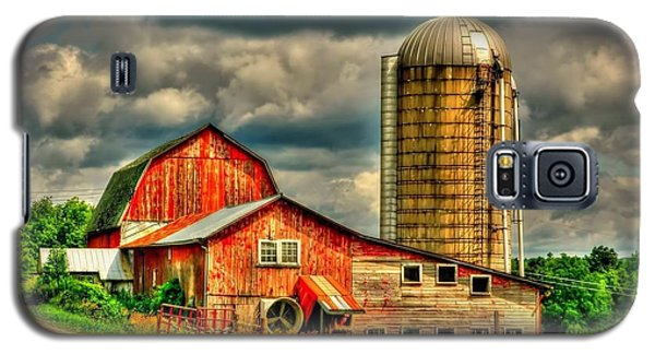Old Barn Galaxy S5 Case by Ed Roberts
