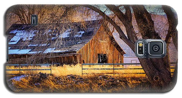 Old Barn In Sparks Galaxy S5 Case