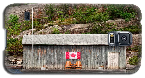 Old Boathouse With Two Muskoka Chairs Galaxy S5 Case