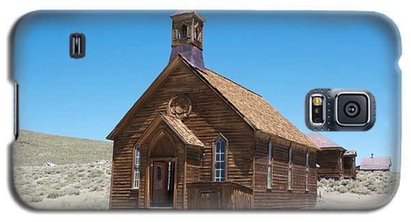 Galaxy S5 Case featuring the photograph Old Bodie Church by Vinnie Oakes
