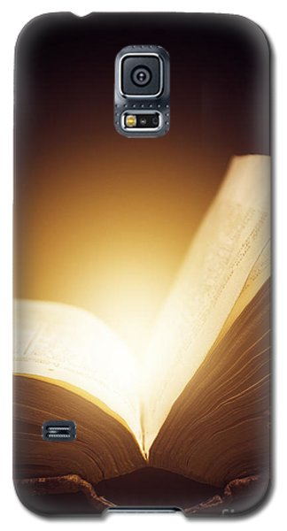 Old Book Galaxy S5 Case