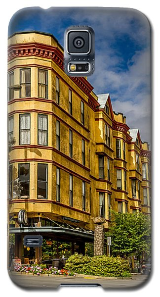 Galaxy S5 Case featuring the photograph Old Building On So. Broadway Tacoma Wa by Rob Green