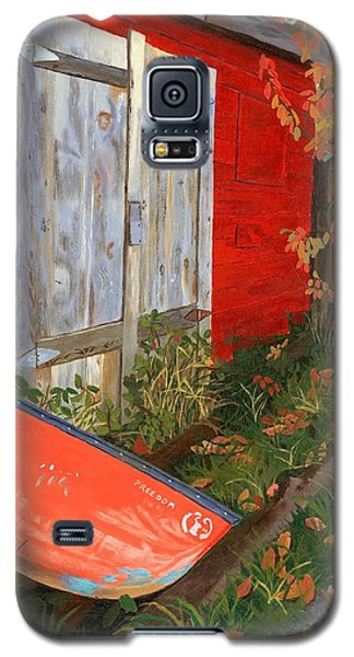 Galaxy S5 Case featuring the painting Old Canoe by Lynne Reichhart