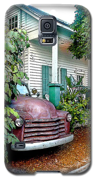 Old Chevy Galaxy S5 Case by Linda Olsen