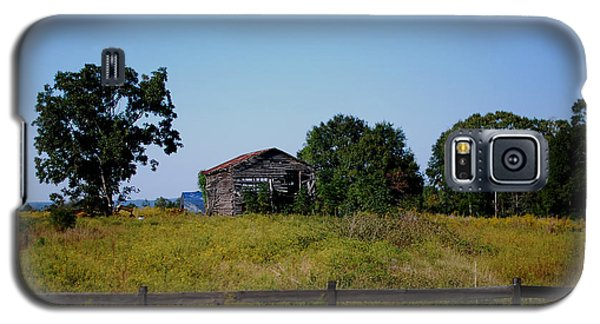 Old Country Barn Galaxy S5 Case by Maggy Marsh