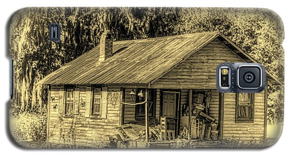 Old Country Cottage Galaxy S5 Case by Lewis Mann