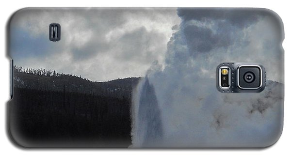Old Faithful Morning Galaxy S5 Case by Michele Myers