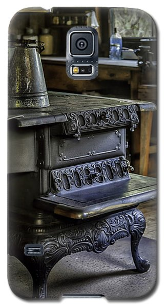 Old Farm Kitchen And Wood Burning Stove Galaxy S5 Case
