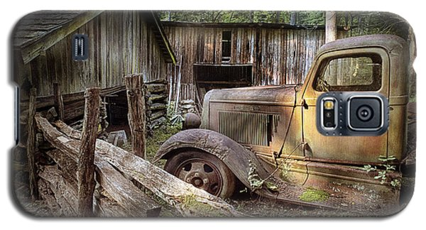 Old Farm Pickup Truck Galaxy S5 Case