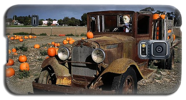 Galaxy S5 Case featuring the photograph Old Farm Truck by Michael Gordon