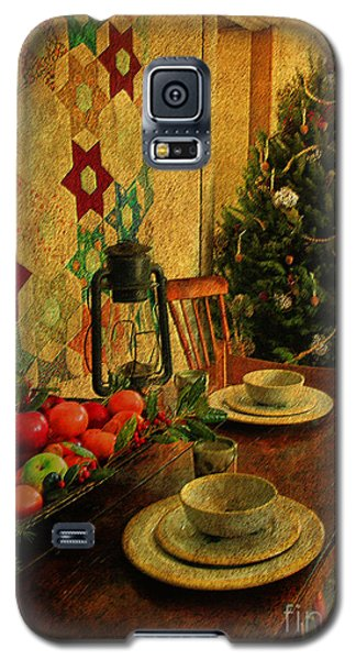 Galaxy S5 Case featuring the photograph Old Fashion Christmas At Atalaya by Kathy Baccari