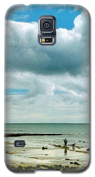 Old Friends Share A Beach Galaxy S5 Case