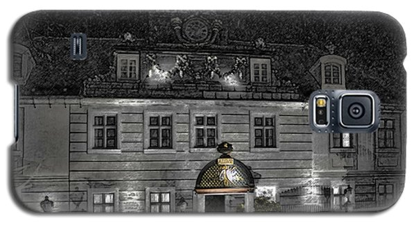 Galaxy S5 Case featuring the photograph Old Hotel II by Robert Culver