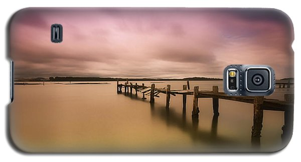 Galaxy S5 Case featuring the photograph Old Jetty 01 by Kevin Chippindall