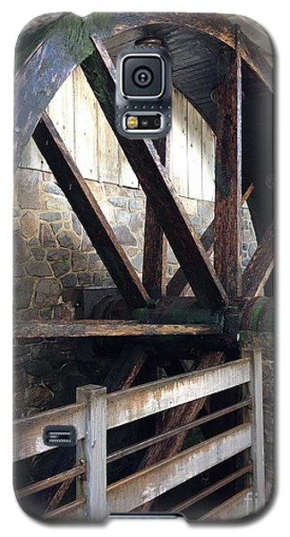 Galaxy S5 Case featuring the photograph Old Mill Water Wheel by Jeannie Rhode