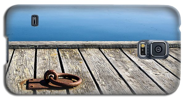 Galaxy S5 Case featuring the photograph Old Mooring Loop by Kennerth and Birgitta Kullman