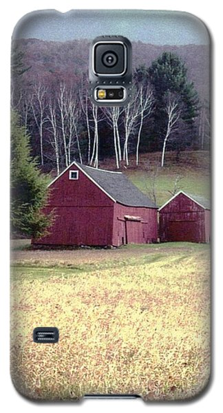 Old Red Barn Galaxy S5 Case by John Scates