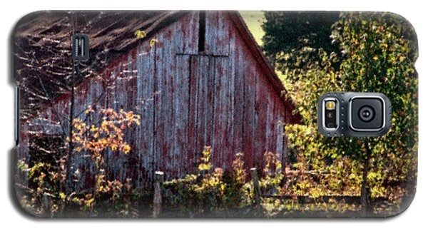 Old Red Barn Nine Galaxy S5 Case by Ken Frischkorn
